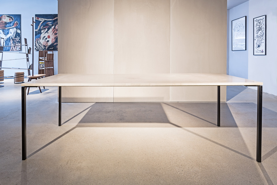 Conboard Table von Nagel
